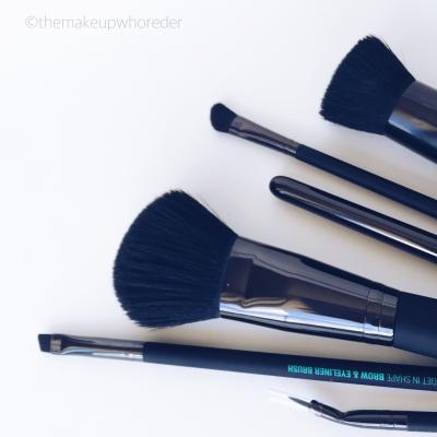 Brush Bristle Closeup LAB2 Beauty